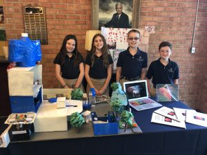 Students show projects at 5th grade exposition